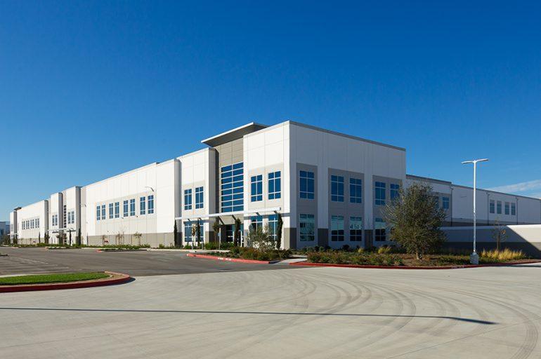 Industrial Storage Chino Building 836