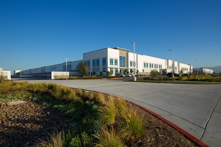 Inland Empire Sustainable Design Warehouse Building 836